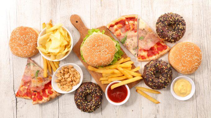 Alimentos Ultraprocessados Favorecem Envelhecimento Biológico, Aponta Estudo