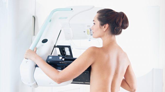 Após Vários Anos De Queda No índice De Rastreamento Mamográfico, Acesso Ao Exame Pode Ter Ficado Ainda Mais Difícil Na Pandemia