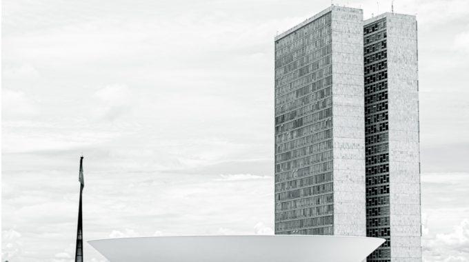 Imagem De Uma Fotografia Do Congresso Nacional Em Brasília, Em Representação O PL Do Estatuto Da Pessoa Com Câncer Está Parado Há 18 Meses