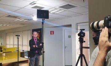 Imagem Do Dr. Carlos Alberto Nas Gravação Do Curso Onco Ensino