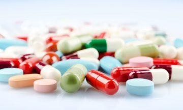 Imagem De Vários Medicamentos Orais Espalhados